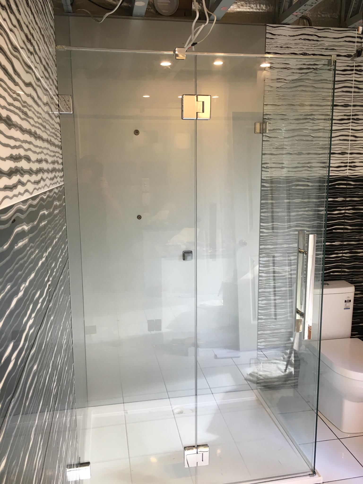 Modern Frosted Shower Screen 1